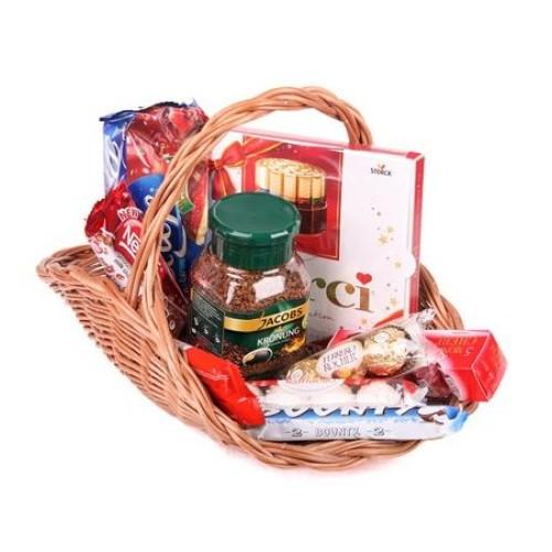Купить на заказ Заказать Кофейно-конфетная корзина с доставкой по Петропавловску  с доставкой в Петропавловске