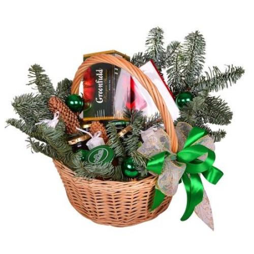 Купить на заказ Заказать Корзина «Подарок под елку» с доставкой по Петропавловску  с доставкой в Петропавловске