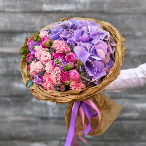 Купить на заказ Нежный букет из гортензий и кустовых роз с доставкой в Петропавловске