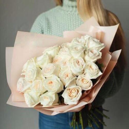 Купить на заказ Заказать Букет из 31 белой розы с доставкой по Петропавловску  с доставкой в Петропавловске