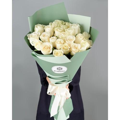 Купить на заказ Заказать Букет из 25 белых роз с доставкой по Петропавловску  с доставкой в Петропавловске