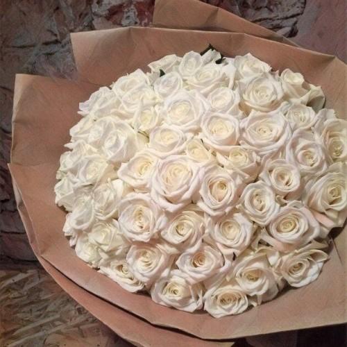 Купить на заказ Заказать Букет из 101 белой розы с доставкой по Петропавловску  с доставкой в Петропавловске